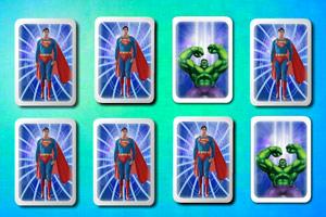 《超级英雄翻牌》游戏画面1