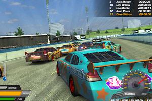 《雷霆赛车》游戏画面1