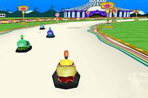 《游乐场碰碰车赛》游戏画面1
