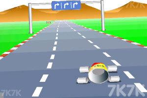 《公路汽车比赛》游戏画面4