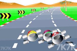 《公路汽车比赛》游戏画面3