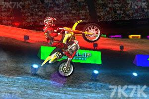 《3D极限越野摩托圣诞版》游戏画面3