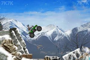 《雪地大摩托》游戏画面3