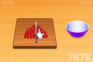 《莎拉做樱桃蛋糕》游戏画面3
