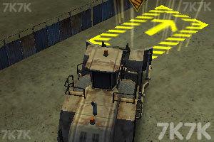 《工业卡车停车》游戏画面4