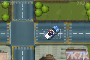 《警车马路停靠》游戏画面2