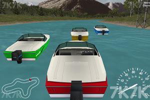 《船艇大赛》游戏画面1
