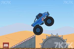 《超级大脚车挑战赛》游戏画面2