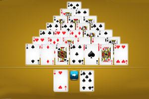 《金字塔纸牌相加》游戏画面1