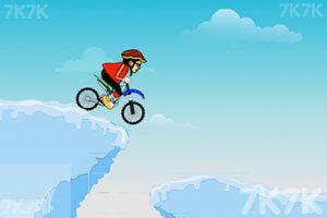 《雪地自行车》游戏画面2