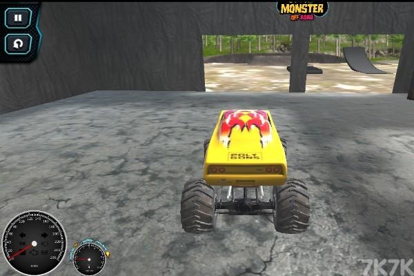 《越野车训练赛》游戏画面2