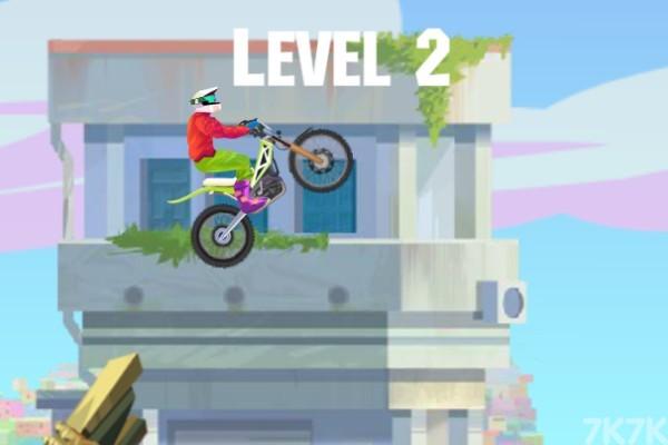 《特技摩托大赛2》游戏画面2